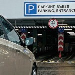 Безопасно ли оставлять автомобиль на парковке аэропорта?