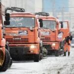 На улицы Москвы вышло более 10 тыс. единиц снегоуборочной техники