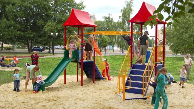 Город детства: обустройство детских площадок
