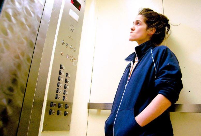 Жильцов первых этажей не освободят от уплаты за содержание лифтов