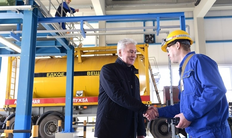 Современные технологии позволяют московской воде оставаться чистой и безопасной
