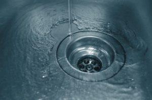 Засор дома: в трубе, в канализации, в унитазе, в раковине, в ванной – как домашними средствами прочистить засор
